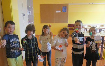 Utrinki z delavnic Popestrimo šolo – marec in april