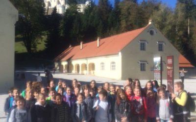 Ljubitelji preučevanja preteklosti na ekskurziji v Trakoščanu in Krapini